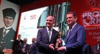 Ürkmezer Ödülünü İçişleri Bakanı  Soylu'nun Elinden Aldı